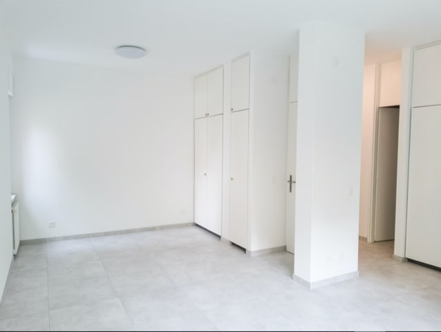 2-rooms in a comfortable and served area #7